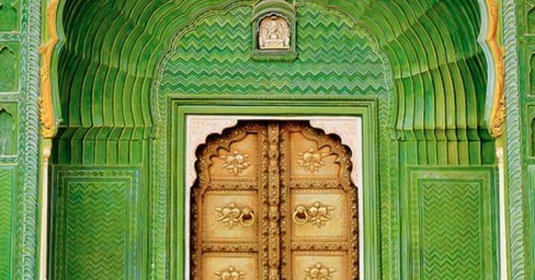 Jaipur city palace, India - Color Now this is an entrance!