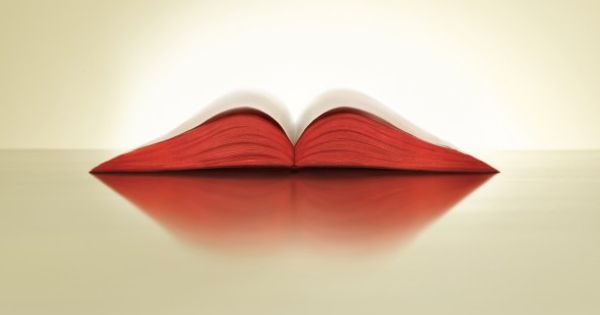 """Lips"" Print Ad for Audio Books by Ogilvy Mather, Mumbai"