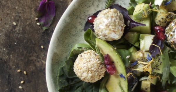 our food stories: summer salad with goat cheese and honey melon