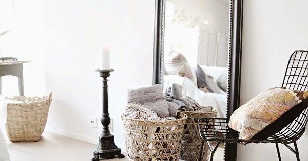 le grand miroir pos m me le sol le parfait d tail d co br ves pinterest grands. Black Bedroom Furniture Sets. Home Design Ideas
