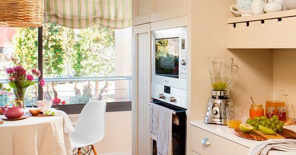 Cocinaoffice con mueble panelado y tiradores peque os - Muebles de cocina pequenos ...