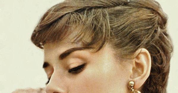 Audrey Hepburn perfect pixie with Light Brown Golden Hair Color. audreyhepburn pixie