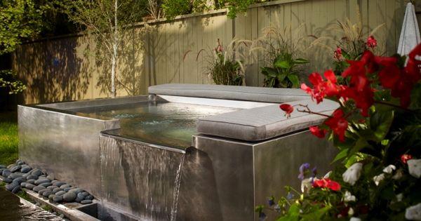 outdoor jacuzzi whirlpool im garten einbauen ideen kissen kies, Gartengestaltung
