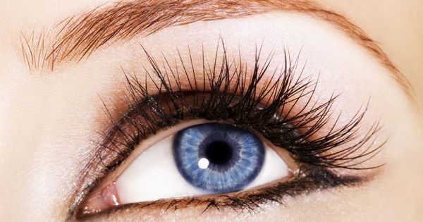 how to take off eyelash extensions with coconut oil