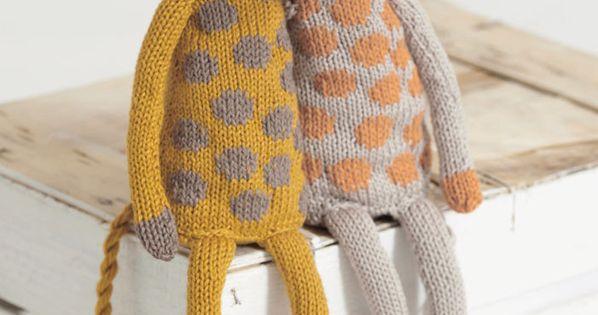 FREE pattern from Sirdar Noahs Ark collection - Giraffes ...