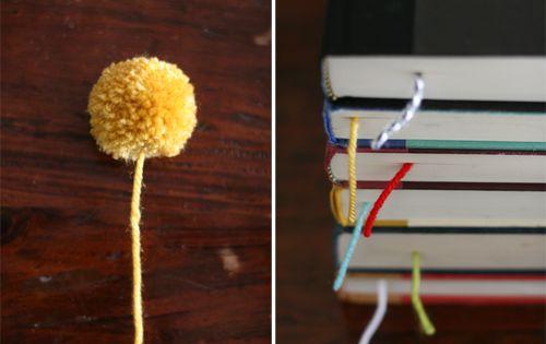 Marcapáginas con pompón de lana: Manualidades para niños