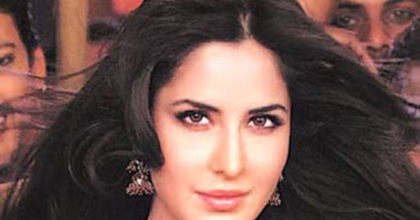Chikni Chameli Agneepath By Katrina Kaif Ft Shreya Ghoshal Bollywood Movie Mp3 Full Song Download Katrina Kaif Bollywood Movie Katrina