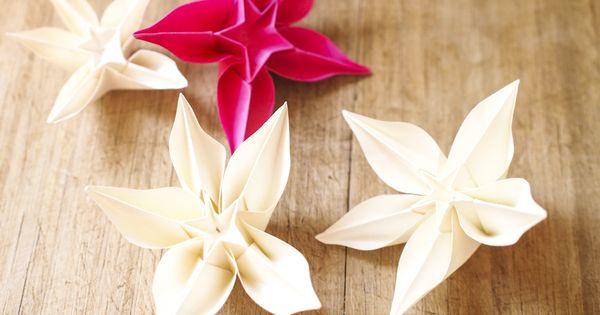 D coration de table en origami fleurs exotiques mariage for Accessoires decoration maison quebec