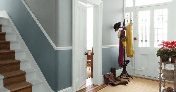 comment peindre rapidement un escalier en bois hallway pictures dado rail and woodwork. Black Bedroom Furniture Sets. Home Design Ideas