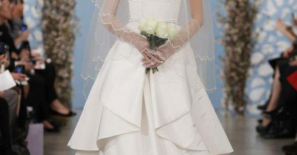 ...  Robes de mariée  Pinterest  Oscar de la Renta, Wedding an