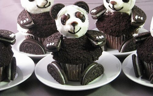 Adorable Panda Bear Cupcake Ideas Make the cutest and most adorable Panda