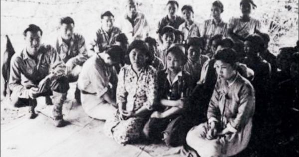 """comfort women during world war ii Young """"comfort woman"""" interviewed by an allied officer after the japanese surrender © iwm (se 4523) on january 13, 1992, the japanese government apologized for forcing tens of thousands of."""