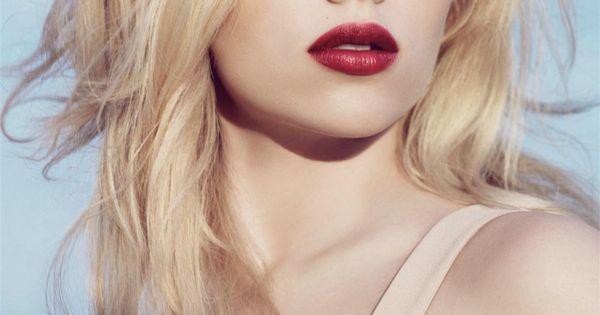 scarlett johansson | w... Scarlett Johansson
