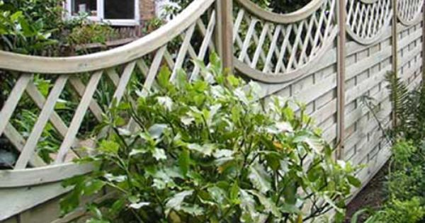 Garden fences for beautiful view tuin pinterest for Attractive garden fencing