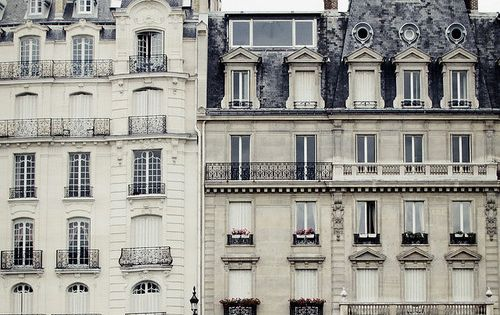 LOOOOVE French Architecture!