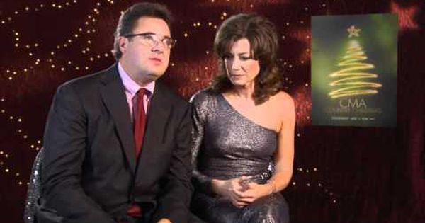 Beautiful Duet By Amy Grant Vince Gill Mary Did You Know