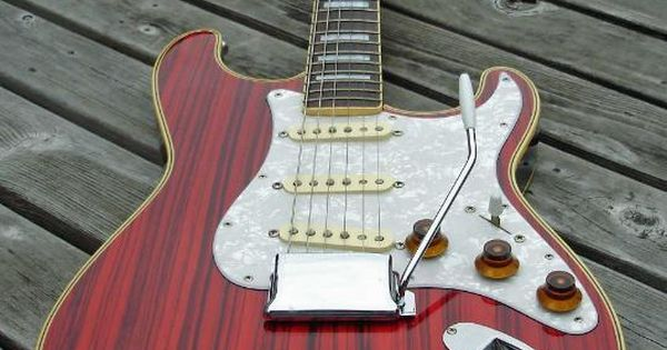 fender custom shop stratocaster electr c guitars pinterest sexy aesthetics and classic. Black Bedroom Furniture Sets. Home Design Ideas