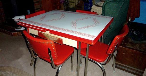 Retro 1950 S Vintage Chrome Kitchen Table Set 4 Red Vinyl Chairs Pick Up Only Vintage Kitchen Table Kitchen Table Settings Vinyl Chairs