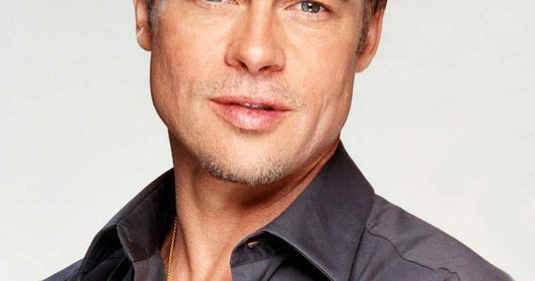 Gorgeous Brad Pitt wit...