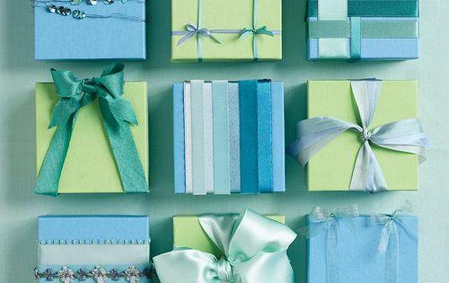 Gift bow ideas.