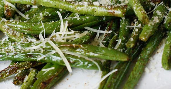 Roasted Parmesan Green Beans | Skinnytaste Roasted green beans with olive oil