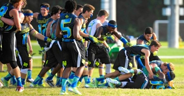 Football Highlanders Put Up Solid Showing At 7 On 7 State Tournament Football Tournaments Athletic Events