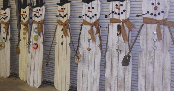 De beaux bonhommes de neige en bois de palettes r cup - Ou trouver des palettes bois ...
