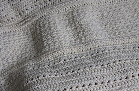 Crochet blanket with great textures
