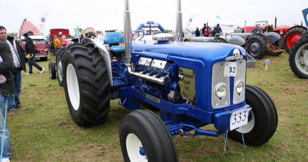 Fordson V8 Tractor What A Pearler Tractors Oliver Tractors