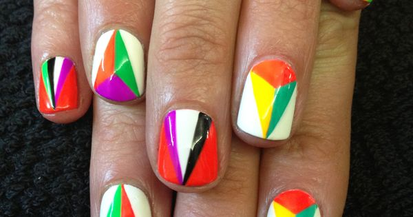 Something to try out! The Illustrated Nail – How to do geometric