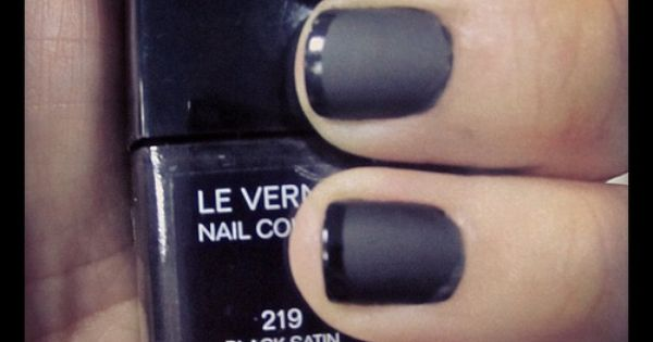 LOVE LOVE LOVE The Anti-Simple Girl French Manicure: 1 coat black satin