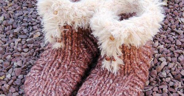 pantoufle tricot e avec semelle de feutre pantoufle pinterest ps. Black Bedroom Furniture Sets. Home Design Ideas