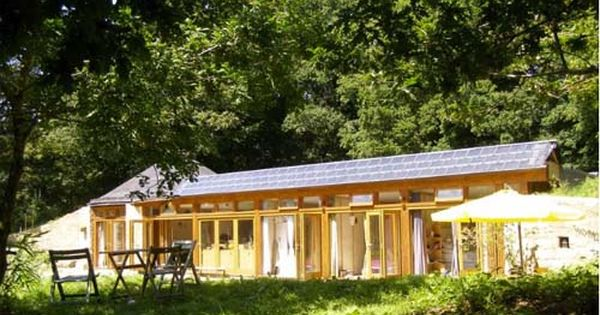 The Brittany Groundhouse A Sophisticated Earthship Home Design Find Earthship Home Earthship Earth Sheltered Homes