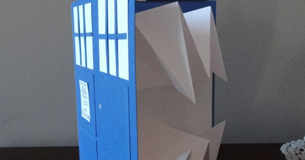 Triple Threat Librarian: Tutorial: Bigger-on-the-inside TARDIS card. I see my best friend's
