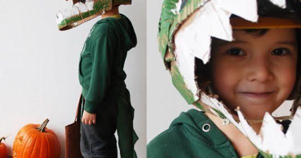 Dinosaur costume! Cardboard Dino Head