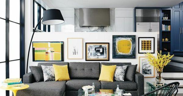 Wohnzimmer sofa grau gelbe dekokissen heller teppich - Gelbe couch welche wandfarbe ...