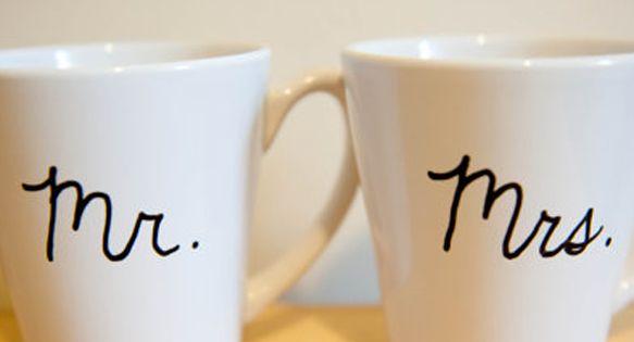 Mr & Mrs Coffee Mugs = cute wedding gift idea!