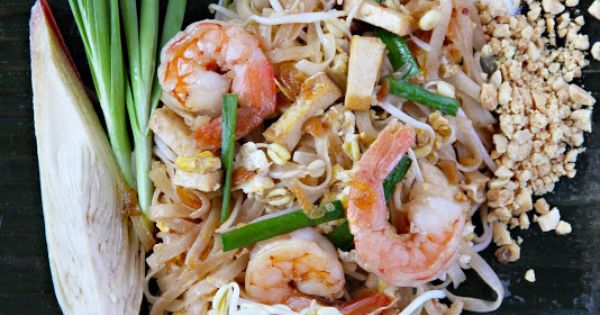 WOW! How to make pad thai finally a recipe worth pinning - this recipe ...
