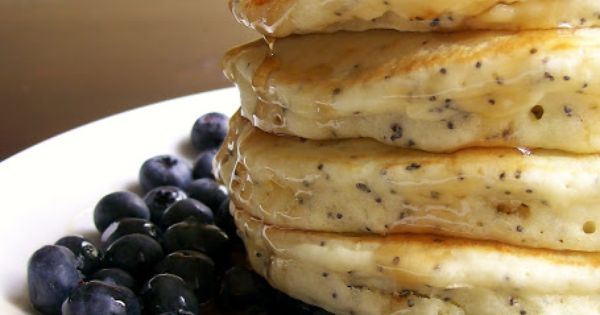 Lemon Poppyseed Pancakes I love lemon poppyseed muffins so I wanna try