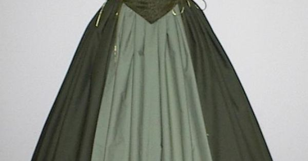 As you can see, this medieval dress was both pretty, yet allowed
