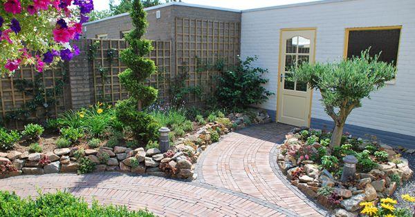 Afbeeldingsresultaat voor tuinontwerpen kleine tuin for Tuin inrichten voorbeelden