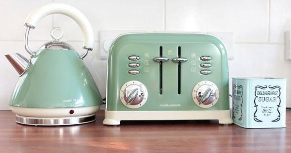 Retro Kettle And Toaster Set Green Pastel Green