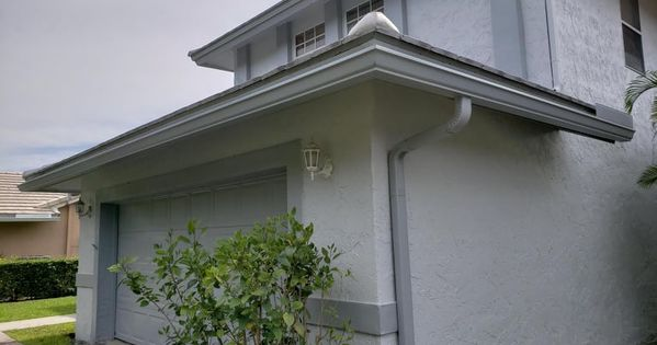 We Specialize In All Forms Of Gutter Installations Whether Its A Commercial Or Residential Property We With Images How To Install Gutters Seamless Gutters Wilton Manors