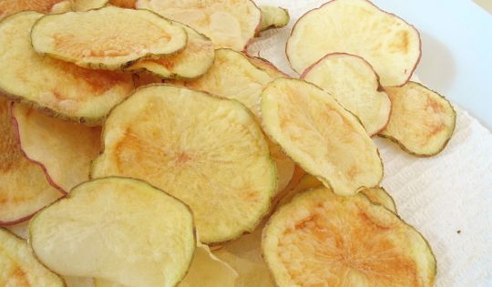 Recipe Recommendation: DIY Potato Chips...in the Microwave