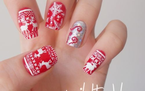 Festive winter nails!