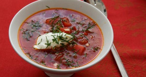 Bortsch cuisine russe soupe russe soupe betterave food to cook soups pinterest cuisine - Cuisine traditionnelle russe ...