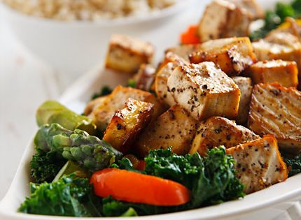 Thai Black Pepper and Garlic Tofu (bake tofu and stir fry veg)