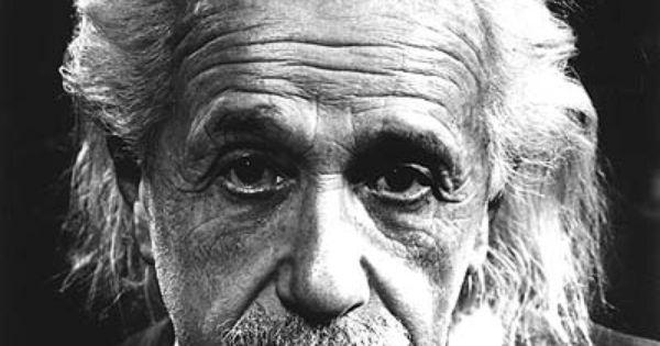 Albert Einstein Portrait ©Philippe Halsman / Magnum Photos