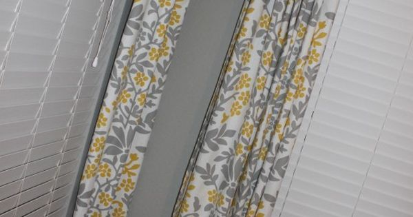 Making No Sew Curtains Using Tablecloths 1. Clip The Rings
