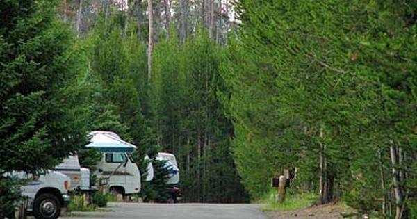 Fishing bridge campground yellowstone camping for Fishing bridge rv park yellowstone